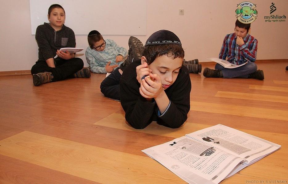 Детский еврейский лагерь Шлухим Штетл 5778 в Заречанах